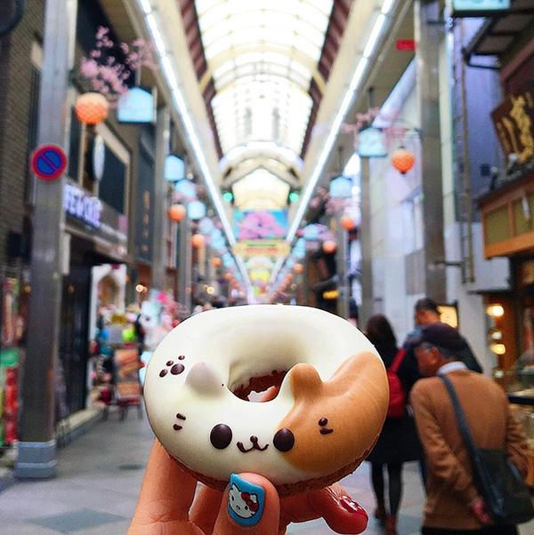 Lại một chiếc donut khác đốn tim tín đồ ẩm thực. Tác phẩm Doubutsu Donut này cũng là một món ăn đường phố của Nhật Bản.