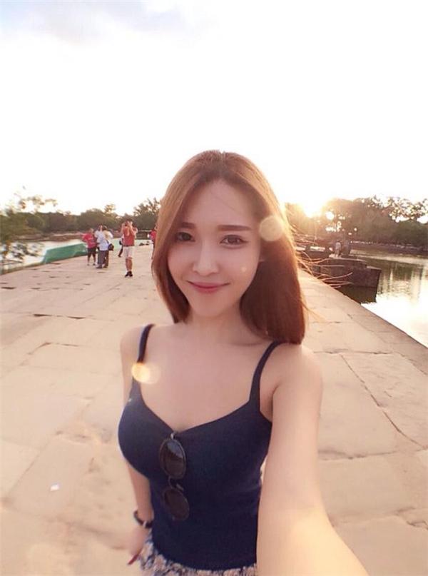 Gatita Yan (23 tuổi, hiện đang sống tạiShah Alam, Malaysia) là một hot girl đình đám trên mạng xã hội Malaysia.