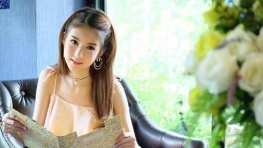 """Vẻ đẹp của """"nam sinh"""" Thái Lan khiến cư dân mạng """"phát hờn"""""""