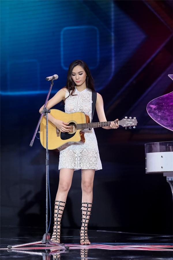 Nữ ca sĩ Thanh Lam đưa ra những lời nhận xét góp ý mang tính chuyên môn để Trương Kiều Diễm có thể cải thiện giọng hát hơn nữa. - Tin sao Viet - Tin tuc sao Viet - Scandal sao Viet - Tin tuc cua Sao - Tin cua Sao