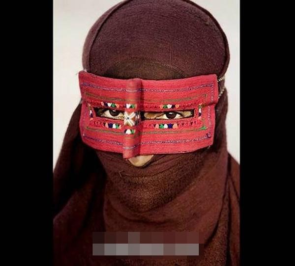Phụ nữ Iran dùng cách này như một liệu pháp hai trong một.