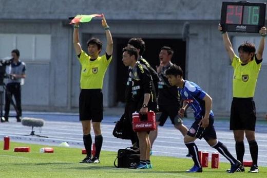 Công Phượng vào sân lúc đội bóng đang gặp khó khăn về kết quả