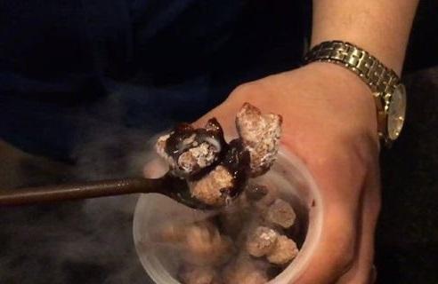 Quy trình chế biến bánh snack khói.(Ảnh: Internet)