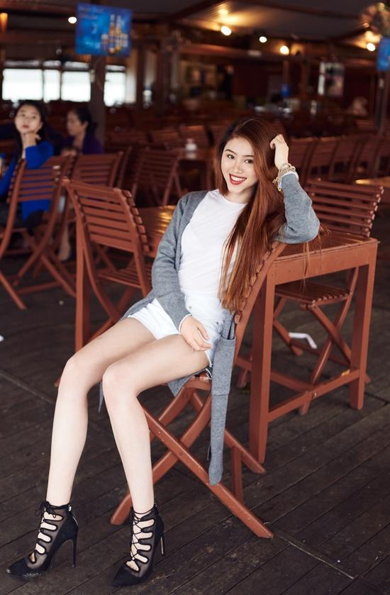 Gặp gỡ hot blogger gốc Việt xinh đẹp khiến dân mạng mê mẩn