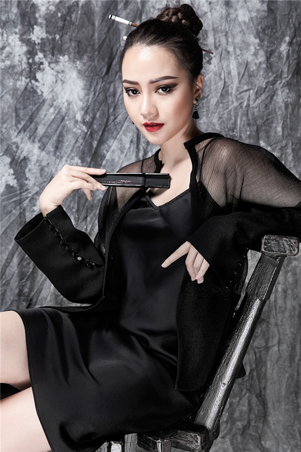 Vì là lần đầu tiên Băng Di xuất ngoại với vai trò diễn viên nên cô cảm thấy rất hãnh diện và tự hào khi được đảm nhận trọng trách giới thiệu điện ảnh Việt Nam tới giới truyền thông cũng như khán giả Myanmar. - Tin sao Viet - Tin tuc sao Viet - Scandal sao Viet - Tin tuc cua Sao - Tin cua Sao