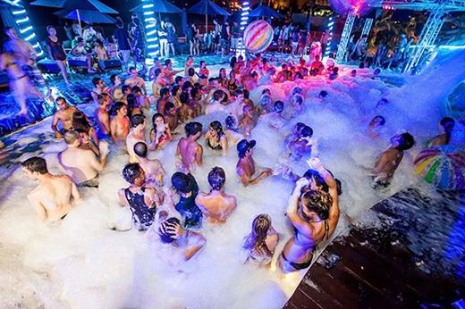 Foam Party (Hình minh họa)