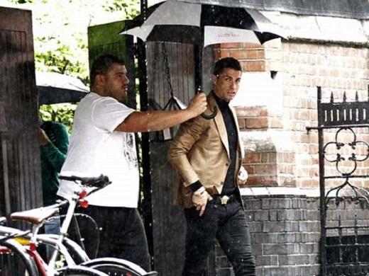 Ronaldo luônđược chăm sóc kĩ lưỡng