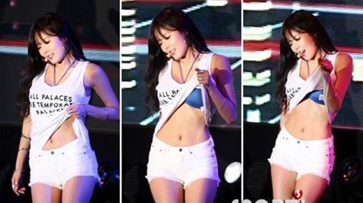 """Nín thở với những bộ trang phục """"hết lời"""" của sao Hàn"""