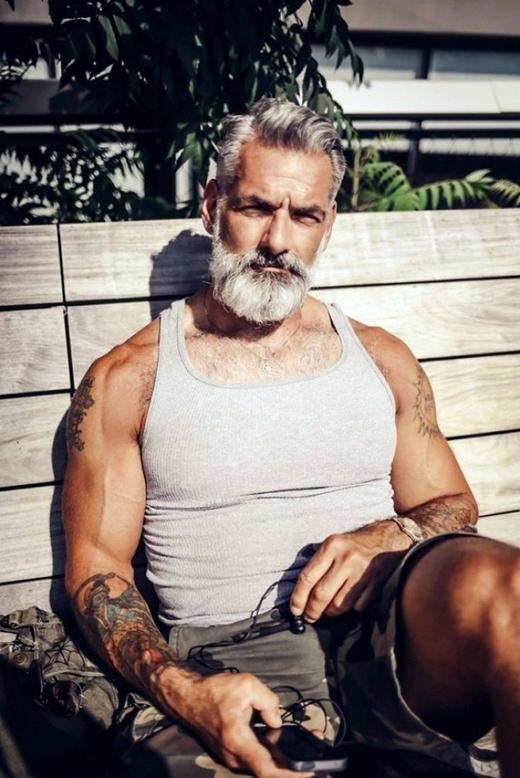 Ai nói già thì không thể trông thể thao, năng động?(Ảnh: Internet)