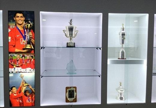 Theo CR7, có khoảng 140 kỉvật lớn nhỏ được anh trưng bày trong bảo tàng riêng của mình.