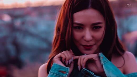 Tiffany tung MV solo đầy quyến rũ và gợi cảm
