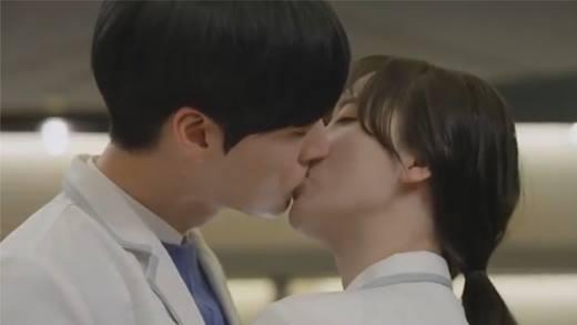 Đây chính là lí do khiến Ahn Jae Hyun phải lòng Goo Hye Sun