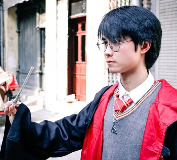 Ngẩn ngơ với hình ảnh quá giống Harry Potter của nam sinh Nghệ An