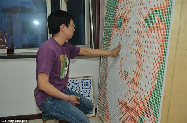 Tong mất 20 giờ đồng hồ để hoàn thành bức chân dung này.(Ảnh: Internet)