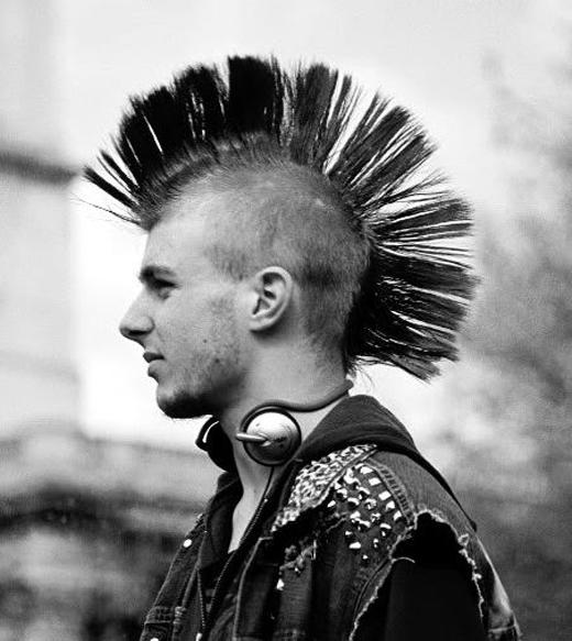 Kiểu tóc Mohawk cổ điển.(Ảnh: Internet)