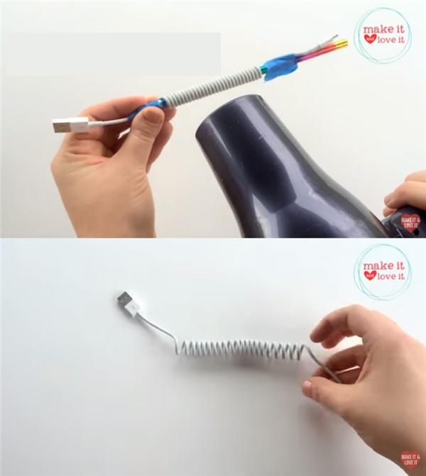 Nếu muốn thu gọn dây sạc, chỉ cần làm theo cách đơn giản sau: quấn dây theo hình lò xo trên thân một cây bút chì, cố định 2 đầu dây bằng băng dính, sau đó dùng máy sấy tóc sấy lên dây khoảng 1-2 phút, đợi nó nguội hẳn rồi tháo ra.