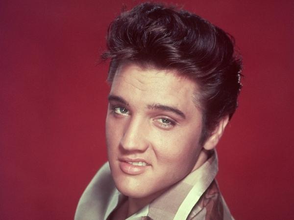 Ông hoàng nhạc Rock n' Roll Elvis Presleyrấtưa chuộng kiểu tóc này.(Ảnh: Internet)