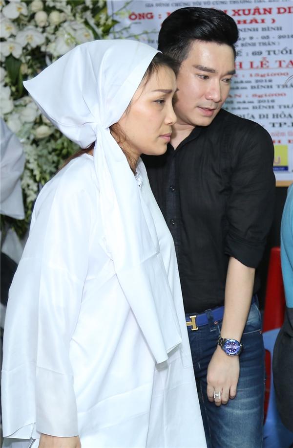 """Quang Hà cũng có mặt để an ủi, động viên tinh thần cho """"chị gái"""" - Tin sao Viet - Tin tuc sao Viet - Scandal sao Viet - Tin tuc cua Sao - Tin cua Sao"""