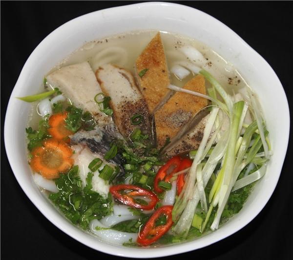 Du lịch Ninh Thuận - Bánh canh chả cá