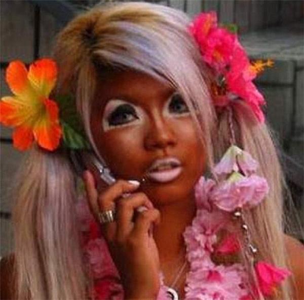4. Nhuộm da theo phong cách chấm điểm cùng cô nàng yêu hoa.