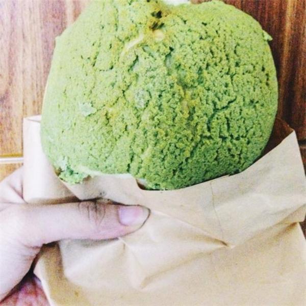"""Bánh đã xinh, đã thơm ngon, giá lại cũng cực """"đáng yêu"""" – 14.000 đồng/chiếc. (Ảnh: Internet)"""