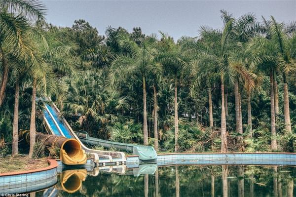 Rất nhiều khách du lịch trong và ngoài nước đã tìm đến công viên này như một địa điểm du lịch mới để có thể trải nghiệm cảm giác rùng rợn, hoang vu.