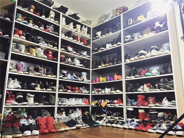 Bộ sưu tập giày khủng của chàng trai 9x.
