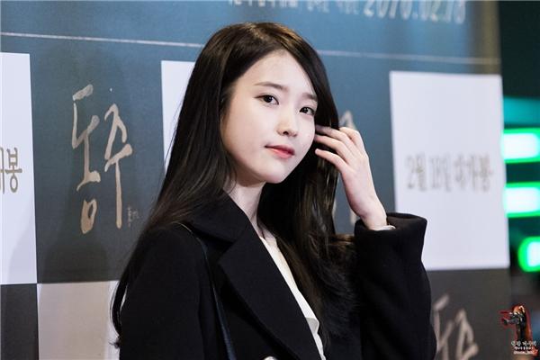 """Sao Hàn dù được đề nghị nhưng vẫn quyết tâm nói không với """"dao kéo"""""""