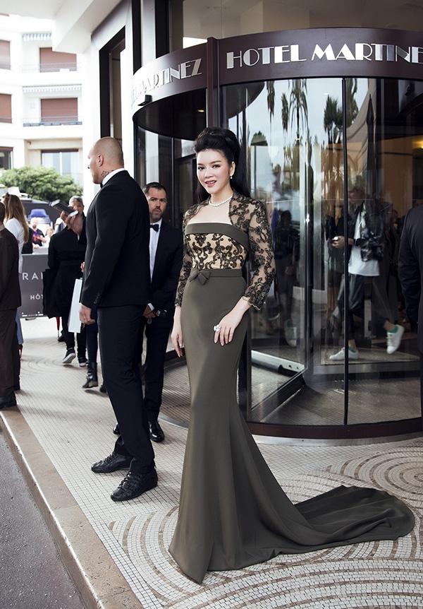 Năm nay, Lý Nhã Kỳ đến tham dự Liên hoan Phim Cannes với vai trò khách mời VIP. Nữ diễn viên Gió nghịch mùa sẽ là cầu nối trong một dự án để phát triển tài năng của làng điện ảnh Việt mang ra thế giới, đặc biệt là Liên hoan Phim Cannes.