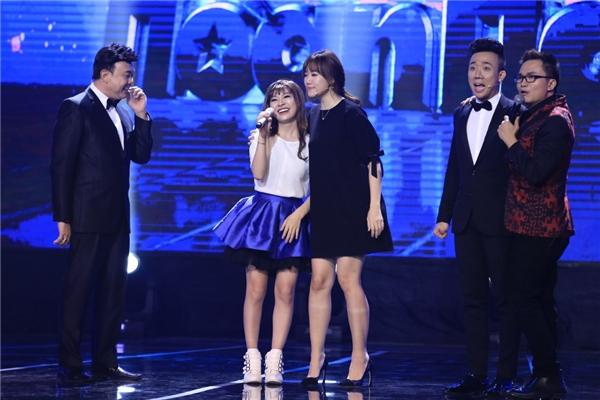 """Ba vị giám khảo trực tiếp lên sân khấu để """"thẩm định"""" phiên bản """"Hari Won thứ hai"""". - Tin sao Viet - Tin tuc sao Viet - Scandal sao Viet - Tin tuc cua Sao - Tin cua Sao"""