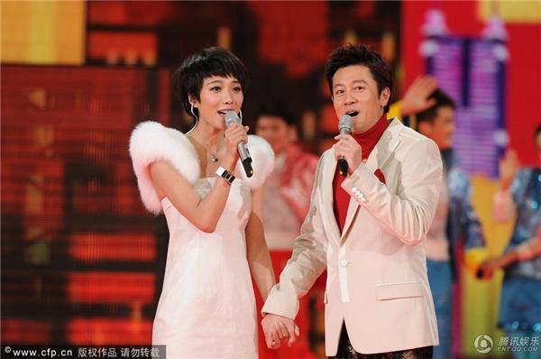 """Tiết mục biểu diễn """"để đời"""" khiến Vương Lạc Đan trở thành tâm điểm ném đá của khán giả nhà đài"""