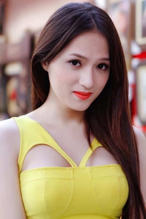 """Những ca sĩ chuyển giới """"hot"""" nhất showbiz Việt"""