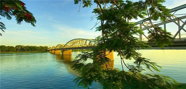 Sông Hương được mệnh danh là hồn thiêng của xứ Huế.(Ảnh: Internet)