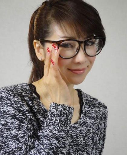 Bà mẹ Nhật 48 tuổi khiến dân mạng giật mình vì quá trẻ
