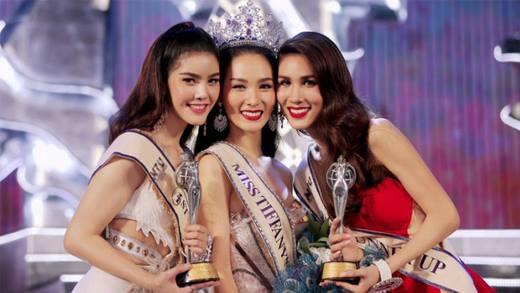 """Cận cảnh vẻ đẹp """"mê người"""" của Tân Hoa hậu chuyển giới Thái Lan"""