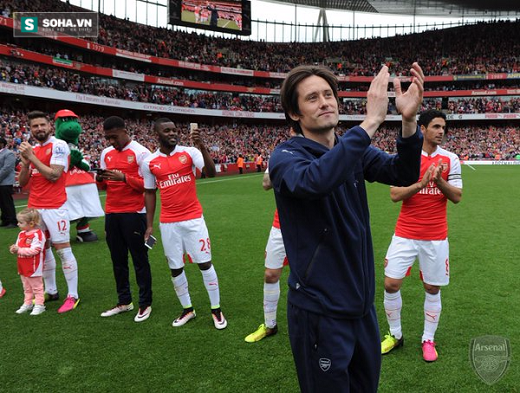 Rosicky chia tay Arsenal.