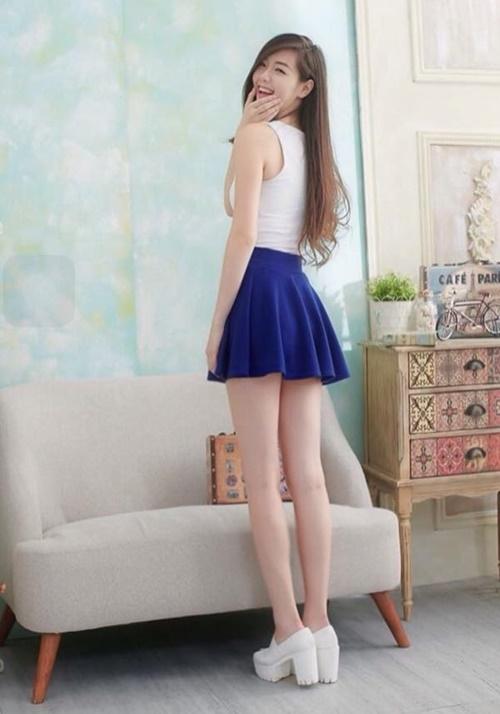 Hot girl xứ Đài sở hữu nhan sắc và đôi chân thẳng tắp vạn người mê