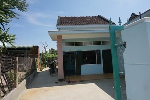 Sau khi trở thành quán quân The Voice Kids 2014, căn nhà ở quê của gia đình Thiện Nhân được sơn sửa lại khang trang hơn. - Tin sao Viet - Tin tuc sao Viet - Scandal sao Viet - Tin tuc cua Sao - Tin cua Sao