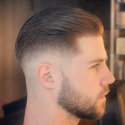 Dự là đây là kiểu tóc Pompadour được nhiều bạn trẻ chọn trong mùa hè này.(Ảnh: Internet)