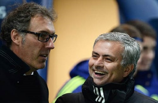 Jose Mourinho (phải) có thể thay thế Laurent Blanc tại PSG