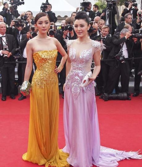 """Sao hạng A thế giới cũng bị """"đuổi"""" khỏi thảm đỏ Cannes"""