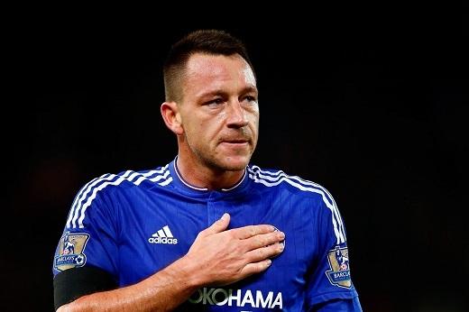 Terry sẽ gắn bó với màu áo Chelsea thêm một mùa bóng nữa