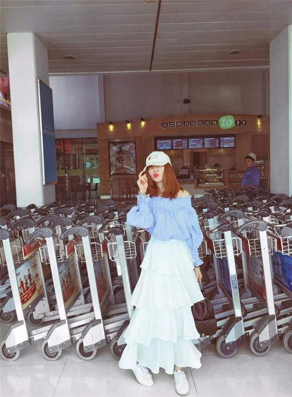 Xuống phố ngày giao mùa ngọt ngào như Minh Hằng, Phương Trinh