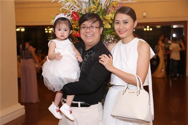 Diễn viên Gia Bảo cùng bà xã và con gái xinh xắn, đáng yêu - Tin sao Viet - Tin tuc sao Viet - Scandal sao Viet - Tin tuc cua Sao - Tin cua Sao