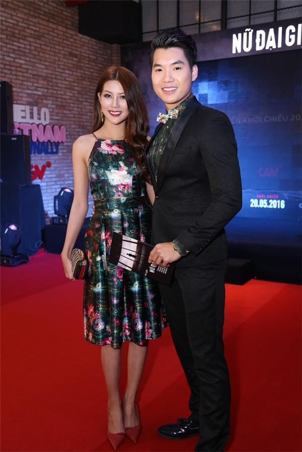 Trương Nam Thành sánh đôi cùng Top 10 Miss Teen Mai Hàn. Hai người là diễn viên chính trong bộ phimMa nữ báo thù, sẽ ra mắt vào tháng 6. - Tin sao Viet - Tin tuc sao Viet - Scandal sao Viet - Tin tuc cua Sao - Tin cua Sao