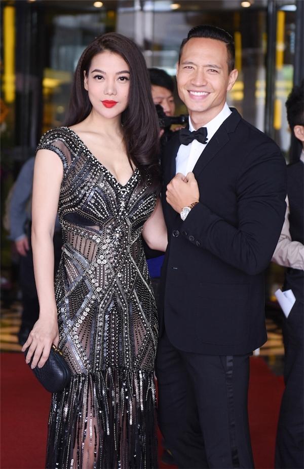 Váy áo sao Việt trên thảm đỏ quốc tế làm nức lòng khán giả quê nhà