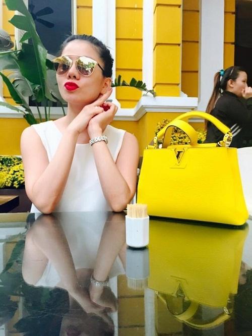 Giọng ca Giấc mơ có thật sở hữu nhiều dòng sản phẩm Louis Vuitton như túi xách, vali,… - Tin sao Viet - Tin tuc sao Viet - Scandal sao Viet - Tin tuc cua Sao - Tin cua Sao