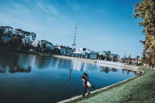 Hồ Xuân Hương mộng mơ đẹp lạ thường