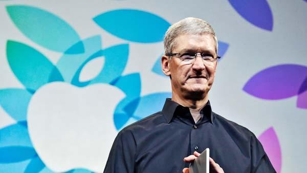 Tim Cook,Tổng giám đốc của hãng Apple, bắt đầu trả lời e-mail của các đối tác vào lúc 4 giờ 30 sáng. (Ảnh: Internet)