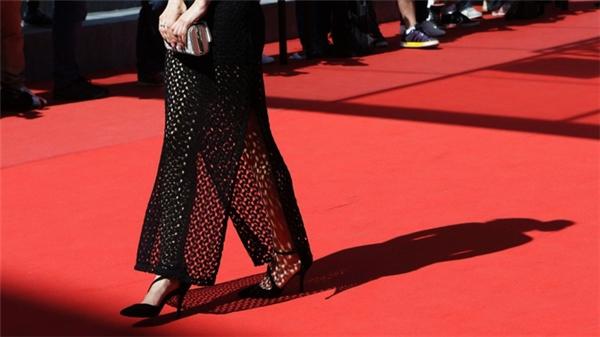 """4 điều ít ai biết về tấm thảm đỏ """"sang chảnh"""" tại các LHP Cannes"""